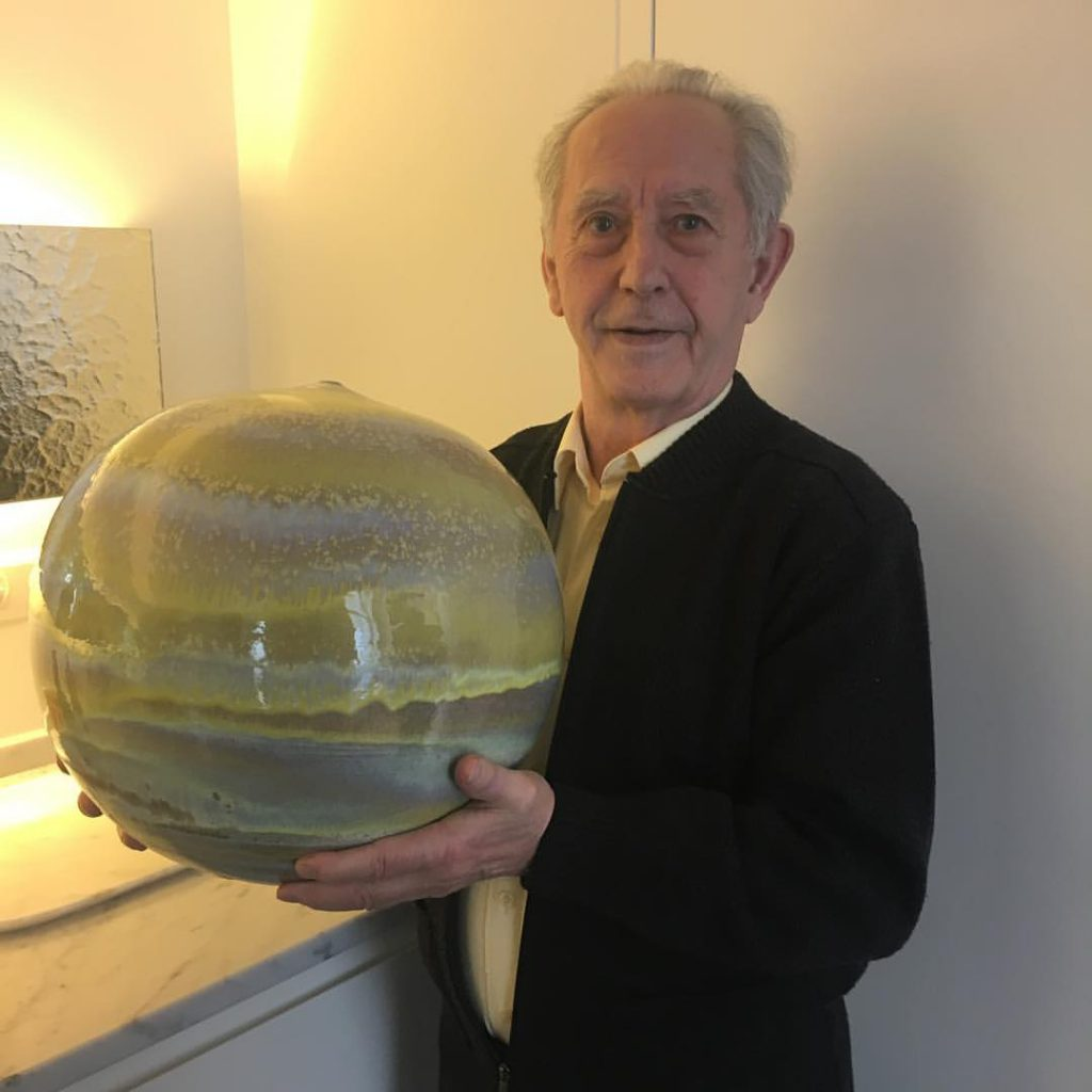 Historical moment with Antonio Lampecco showing us his unique Yellow Pot.