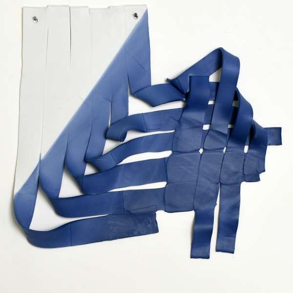 2017 wandinstallatie gekruiste strippen 40x38cm Piet Stockmans